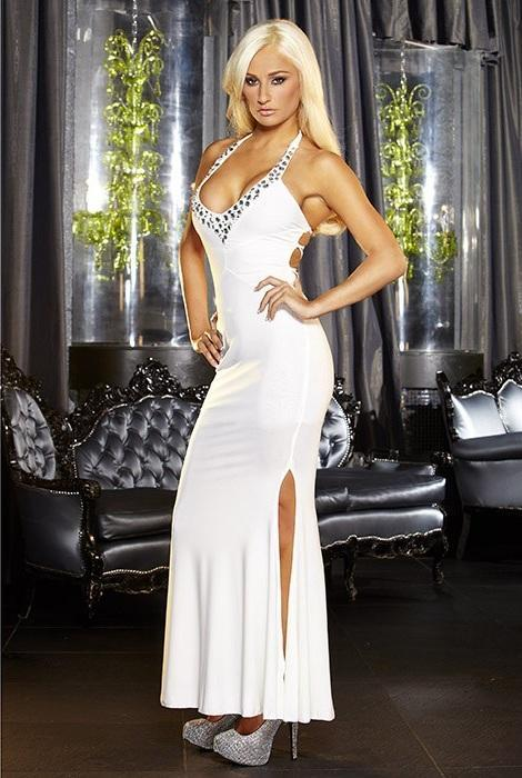 Белое вечернее платье в пол с нарядным декольте