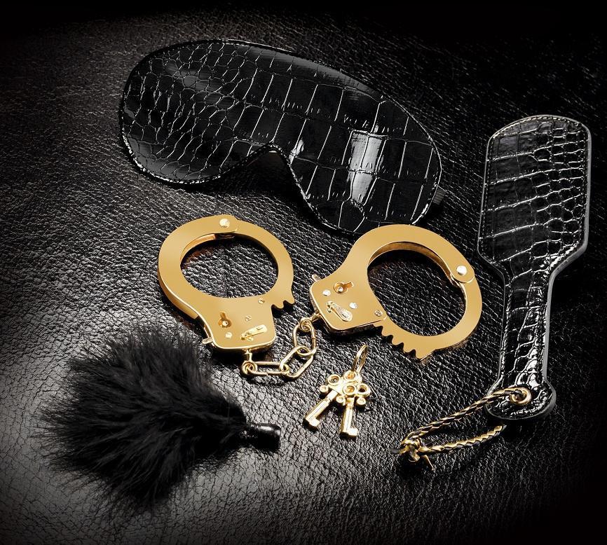 Набор Beginners Fantasy Kit из наручников