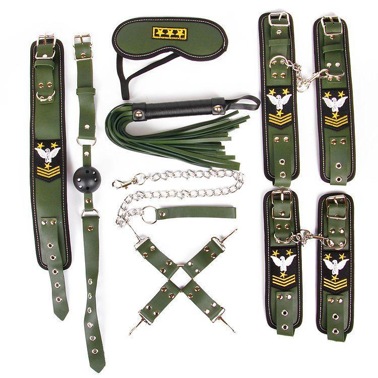 Набор в армейской тематике: наручники