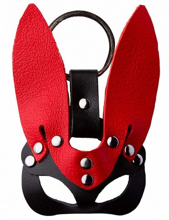 Черно-красный сувенир-брелок «Кролик»