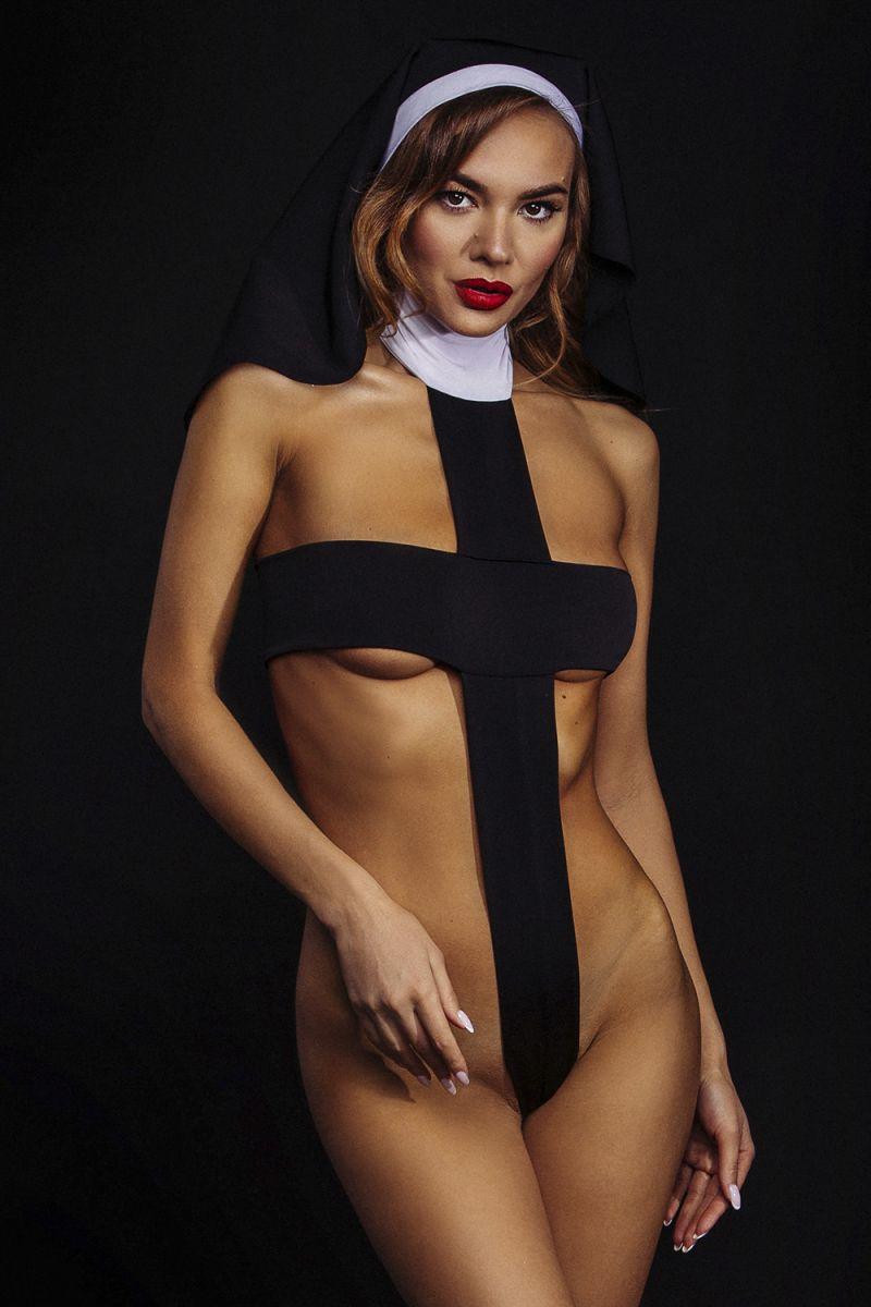 Оригинальный костюм монашки